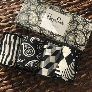 🍂Happy Socks Black and White Four Pair Set